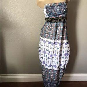Bebe Maxi Dress XS Boho, aztec, Tribal dress